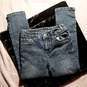👑3 FOR 25👑 GUESS jeans- Size 6